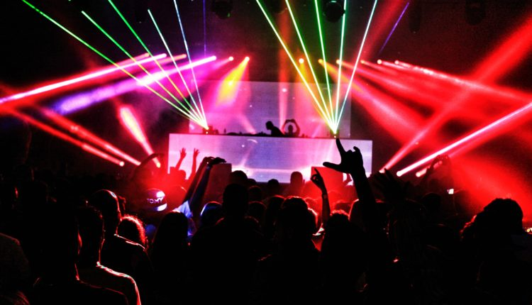 audience-club-dark-2114365